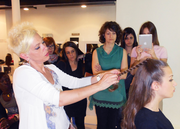 Curso recogidos Hair Up Sabariz